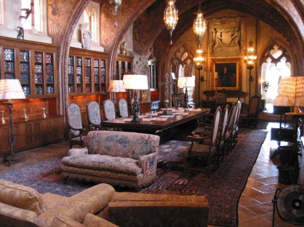 Inside the library of Casa Grande.