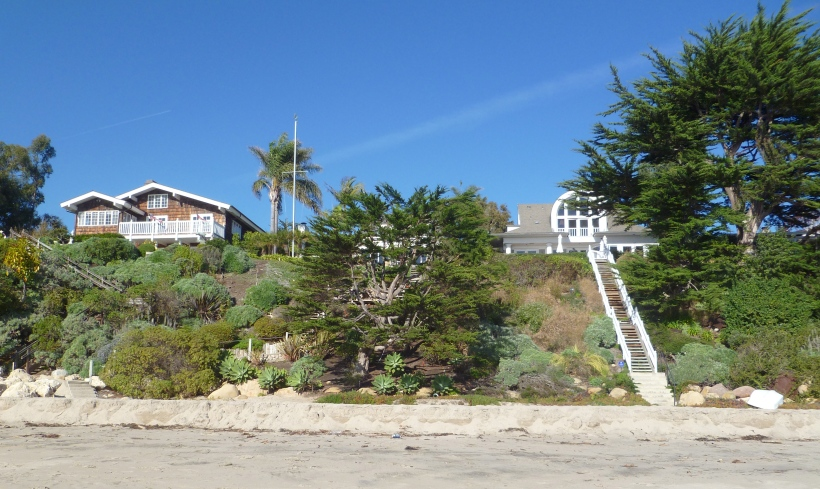 Beach houses in Summerland just south of Santa Barbara. Can you imagine having your morning cup of coffee gazing at the Pacific?