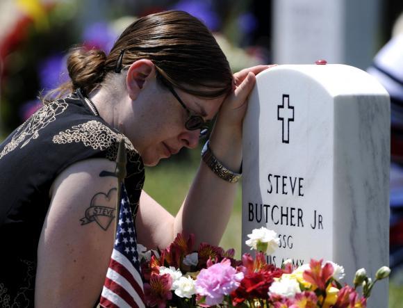Memorial-Day-at-Arlington-National-Cemetery-in-Virginia_1