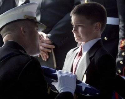 Veteran_Funeral_Flag-01