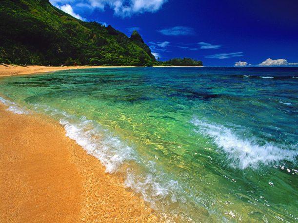 Tunnels_Beach_Kauai_Hawaii